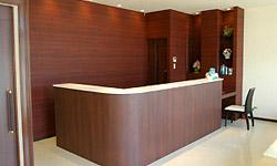 受付カウンター | 立花歯科医院 熊本市東区新外の歯医者 インプラント・矯正・歯周病・口腔外科・小児歯科・治療・歯科検診
