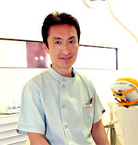 立花泰裕 | 立花歯科医院 熊本市東区新外の歯医者 インプラント・矯正・歯周病・口腔外科・小児歯科・治療・歯科検診